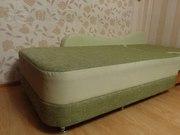 Продам диван-кровать с низшей. В отл.состоянии.