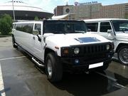 Элитный лимузин Hummer H2 белого/черного цвета с водителем.