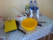 Продам кухонную утварь,  сковородку,  стаканы,  ножи и тд.